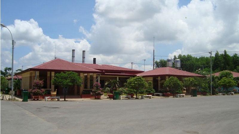 Khu vực đài hành lễ tại Đa Phước
