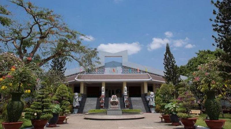 Khuôn viên Trung tâm hỏa táng Bình Hưng Hòa
