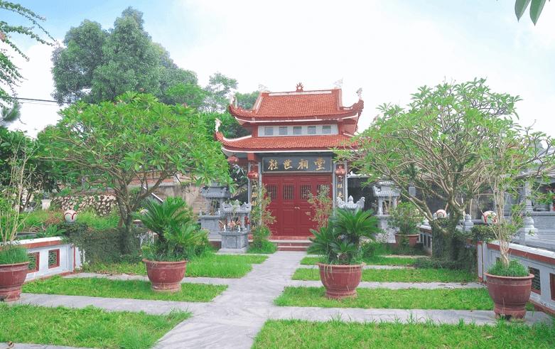 Khuôn viên mộ gia tộc