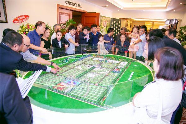Quang cảnh một buổi mở bán Khu gia tộc Cát Tường - Vượng Tộc tại Khách sạn 5 sao