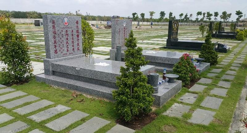Mẫu mộ bằng đá granite Tím Hoa Cà (đá nội)