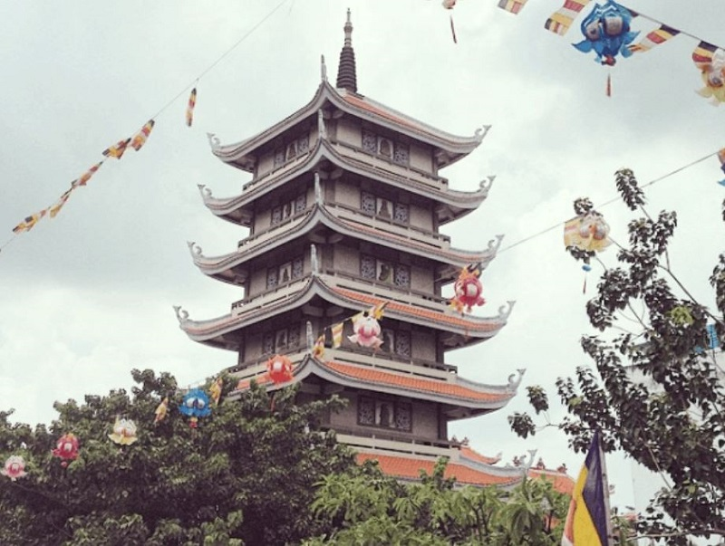 Tháp An Lạc Chùa Vĩnh Nghiêm Quận 3 Hồ Chí Minh