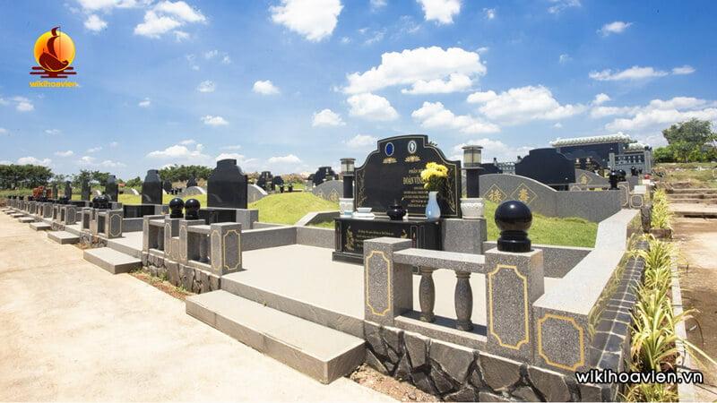 Chọn hướng đặt mộ theo kiến thức phong thủy