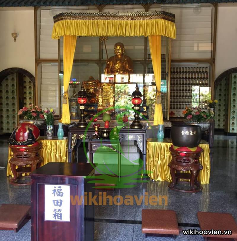 Khu chánh điện chùa Diệu Pháp