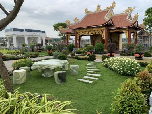 Một khuôn viên mộ gia tộc thiết kế theo truyền thống